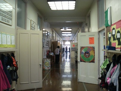 Hallway_at_Saint_Clare_School